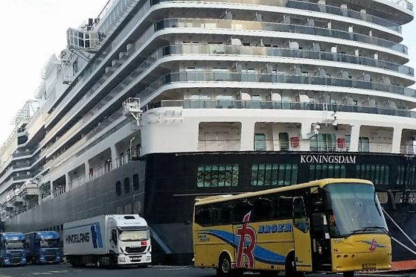 cruise-vervoer6B6E5C34-D8E9-2CC3-2FF2-8E1762F4F545.jpg